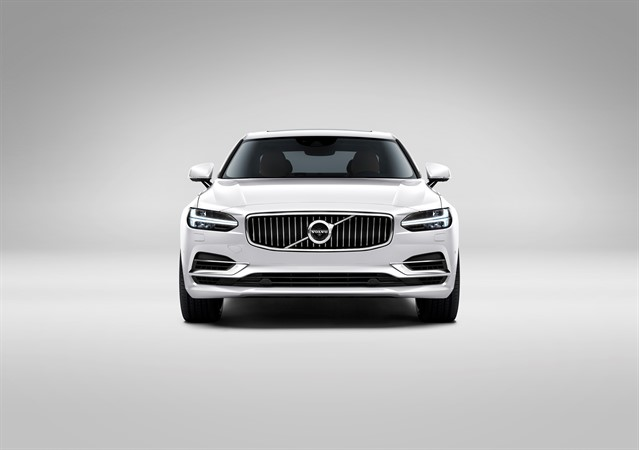 170131_Front_Volvo_S90_White_small(1).jpg